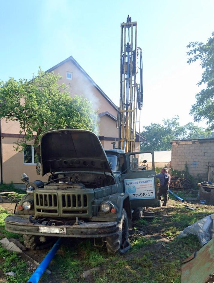 Буровая установка с машиной компания Водолей